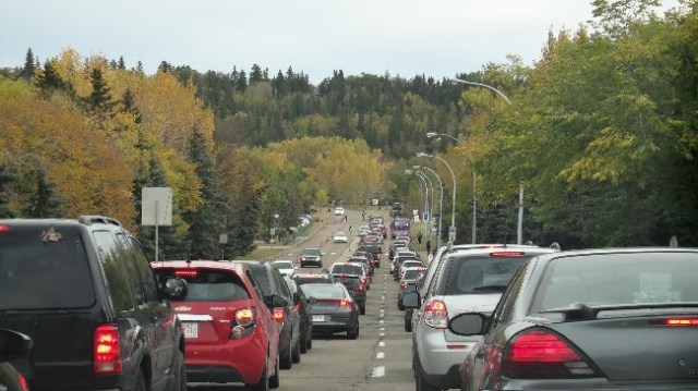 Traffic jam to the Edmonton Valley Zoo on Free Admission Day 2013.