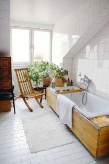 Окно в ванной комнате 37