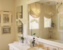Окно в ванной комнате 29