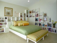 Shelves-above-the-bed-and-headboard-with-shelves-6