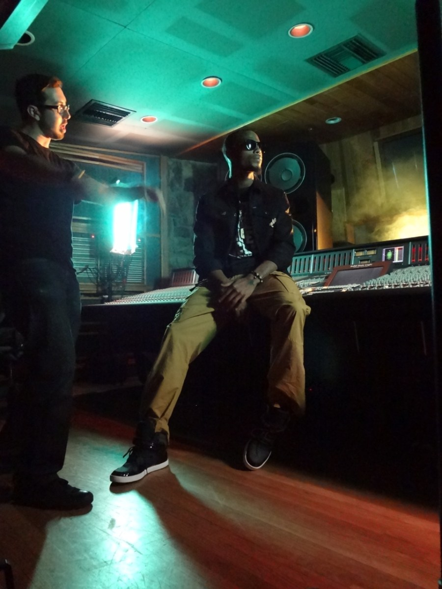B.o.B - Strange Clouds (Feat. Lil Wayne)