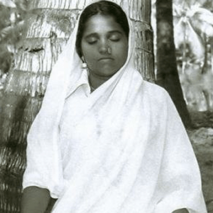 amma in meditation