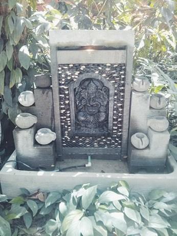 Statue Nosara Yoga