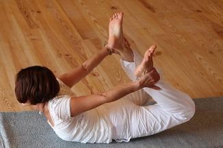 Dimanche 10 Avril 2016 YogaFleurdeLotus – Atelier de Yoga : Lâcher-prise & Sérénité Dhanurasana