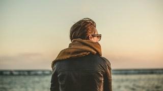 ZARAのフェイクレザーショートジャケットは、秋冬に活躍度大のおすすめアイテム