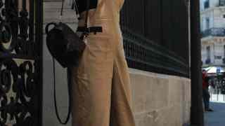 大人が着るサロペット、着こなしポイントやおすすめアイテムは?【40代アラフォーファッション】