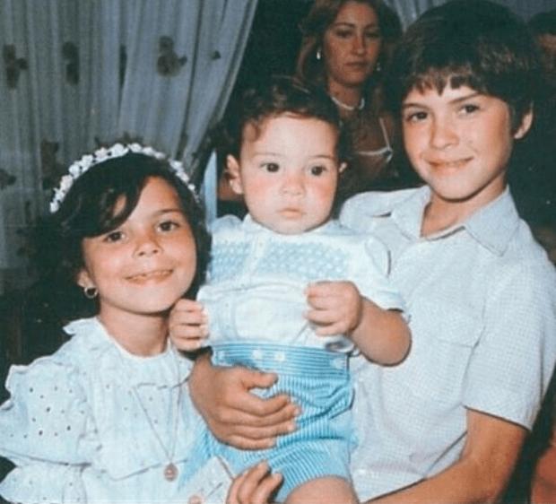 David Bisbal Comparte una Foto de Cuando Era Bebé