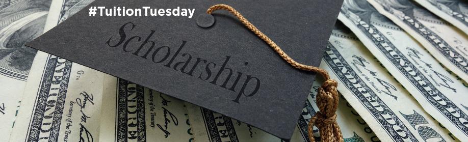 Mini graduation mortar board with Scholarship text on money