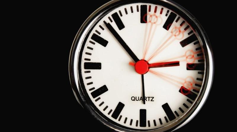 clock-611619_960_720
