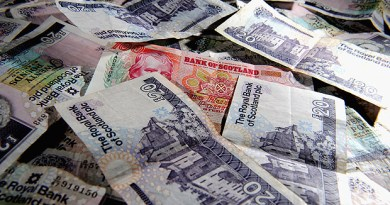 GLASGOW, SCOTLAND - JANUARY 30:  In this photo illustration, Scottish bank notes are placed on a table on January 30, 2014 in Glasgow, Scotland. The Governor of the Bank of England Mark Carney, said yesterday during a speech in Edinburgh, that an independent Scotland would need to give up some power to make a currency union with the rest of the UK work.  (Photo Illustration by Jeff J Mitchell/Getty Images)