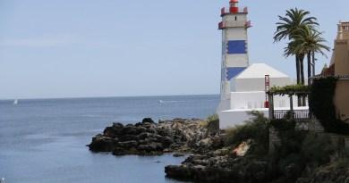 lighthouse-1000622_960_720