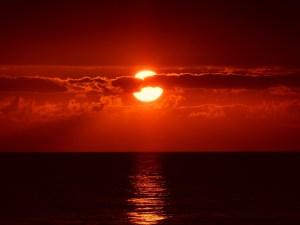 sunset-205717_1920