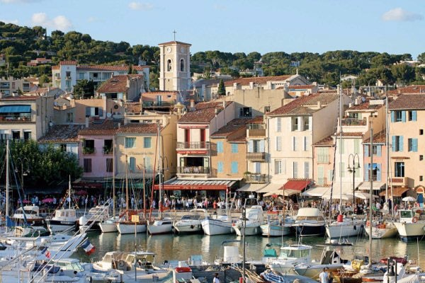Top 10 most romantic cities in france your french corner for Bouches du rhones