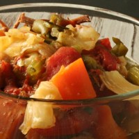 Low-Carb Slow Cooker Chunky Beefy Vegetable Soup #SundaySupper