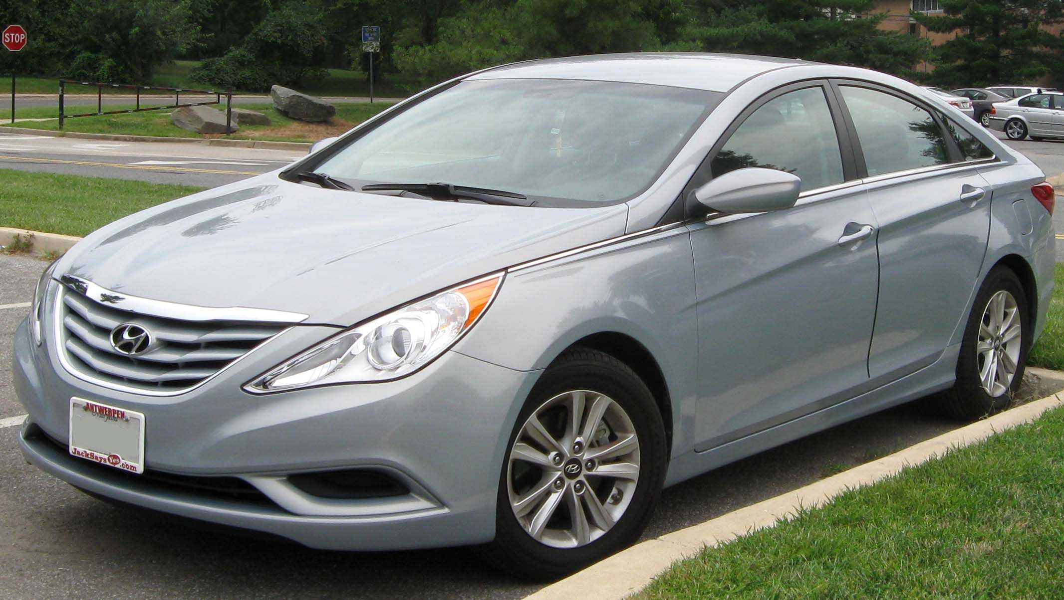 2011 and 2012 hyundai sonata sedans recalled for fixing of engine problems. Black Bedroom Furniture Sets. Home Design Ideas