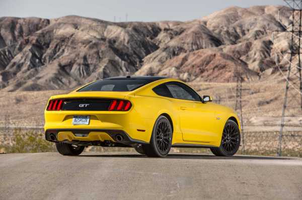 Ford Mustang GT rear
