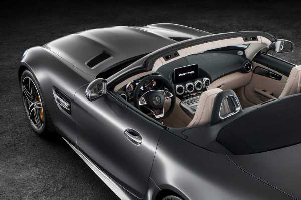 Mercedes AMG GT C Roadster front panel
