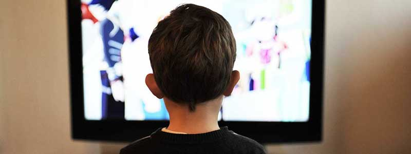 watching tv child entertainment