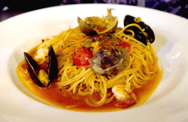 Spaghettini di mare - $20