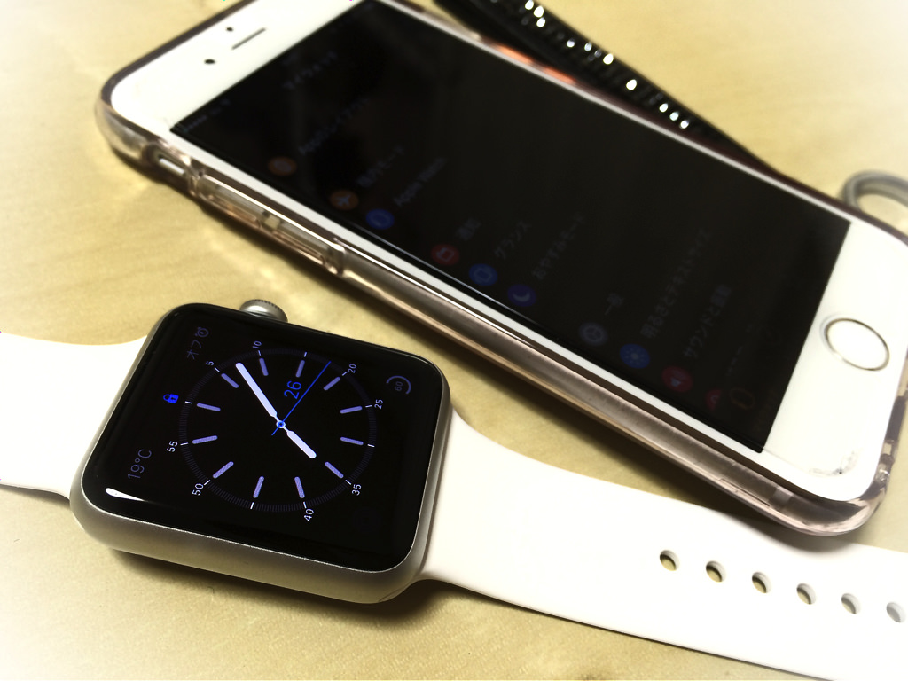AppleWatchとiPhone