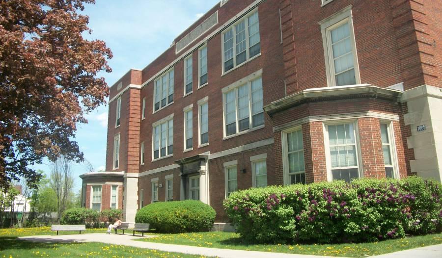 school house commons