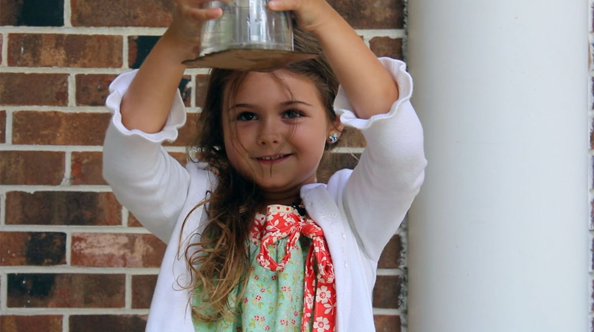 Milly the Science Girl Episode 01 - Upside-down Water
