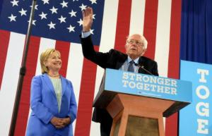 546495100-bernie-sanders-introduces-presumptive-democratic.jpg.CROP.promovar-mediumlarge
