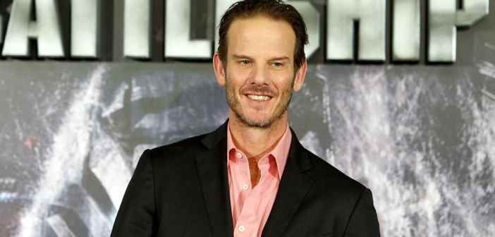 peter-berg-spain-photocall-for-battleship-03