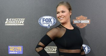 UFC Fighter Ronda Rousey to Host SNL