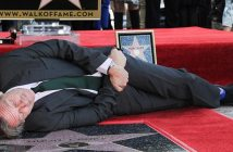 hugh-laurie-enjoys-his-star