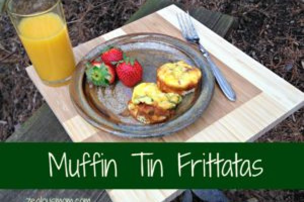 Delicous muffin tin frittatas! These mini-frittatas are easy-to-make and absolutely delicious. #breakfast #recipes @zealousmom.com