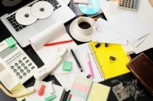 Chaos Schreibtisch