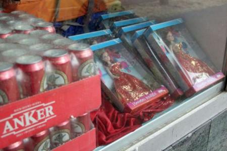 Horburgladen-Bier-und-Puppe