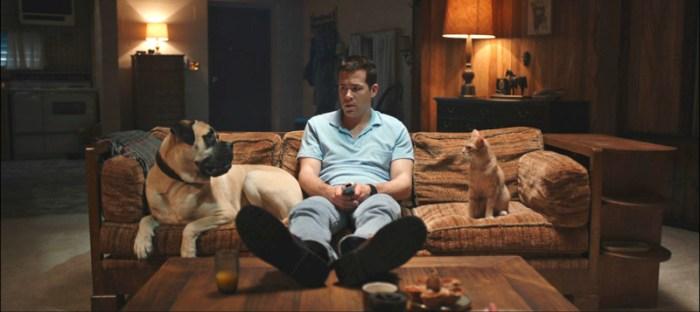 Hund Bosco, Herrchen Jerry (Rayn Reynolds) und Kater Mr. Whiskers. (Bild: zVg)