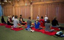meditating-runners