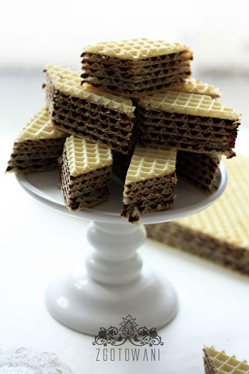 wafle-z-masa-kakaowa-z-dodatkiem-mleka-w-proszku-1