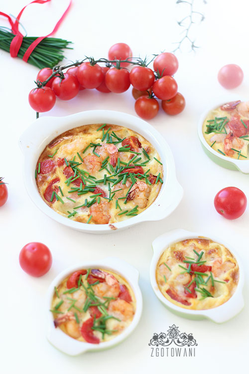 fritatta-z-krewetkami,-pomidorkami-i-serem-mozzarella-7