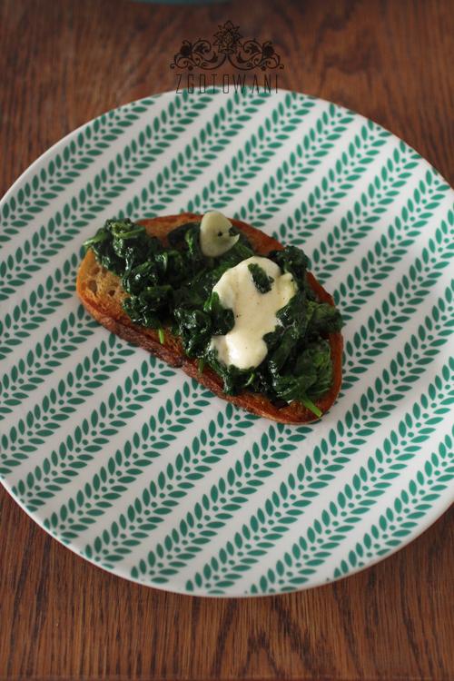 grzanki-ze-szpinakiem-i-mozzarella-3