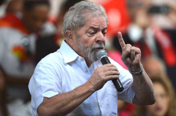 Resultado de imagem para PT deve lançar Lula como candidato à Presidência