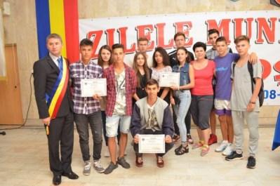 Câștigătorii competițiilor sportive din cadrul Zilelor Municipiului Petroșani au fost premiați