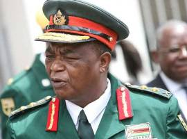 Mugabe battles to contain army