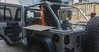 He Turned His Jeep Into A House On Wheels. This Is Amazing!