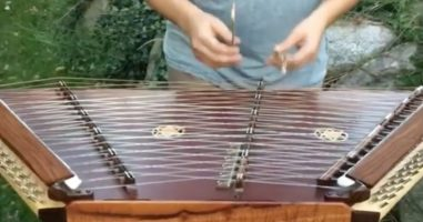 I Didn't Know What A Hammered Dulcimer Was But This Thing Is Awesome