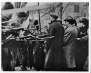 6-bayonets-and-workers-Bread-and-Roses