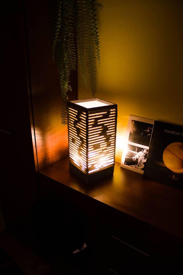 Lampa Luk w domowej scenerii