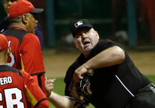 Renuncia de Luis César Valdés, un escándalo para el béisbol cubano