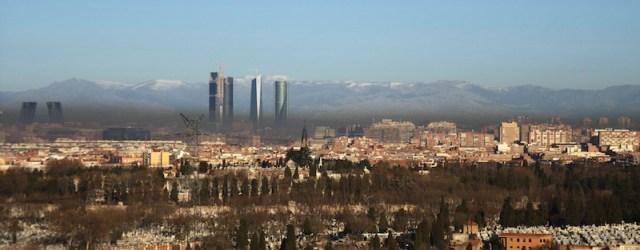 <center><i>Madrid, ven y contamínate</i></center> madrid humo