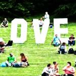 40 Petanda Anda Telah Jatuh Cinta
