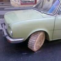 Ban Mobil Dari Kayu, Kreatif Atau 'Kere'?