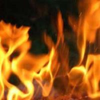 Bermain Ular Tangga Kebakaran